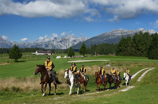 Horse Trek dal Lago di Garda alla Foresta del Cansiglio - Pro Loco Fregona